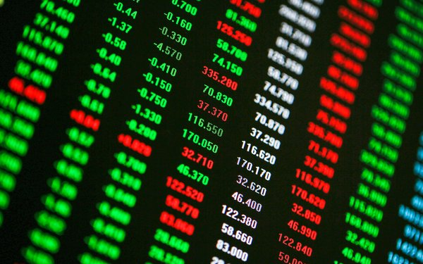 RL Commercial REIT Opens 1.55% Up On Market Debut (GMA News Online)